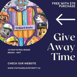 12 PAW PATROL BOARD BOOKS - NWT